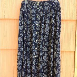 Dresses & Skirts - Vintage navy floral button up skirt plus size